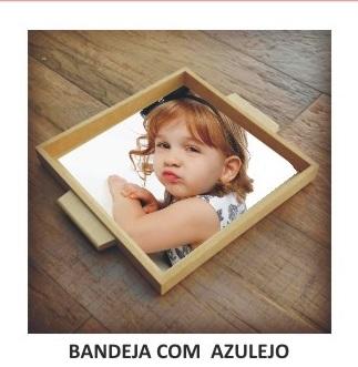 BANDEJA COM AZULEJO-TAMANHO : 15 X 15 -COM FOTO OU DESENHO